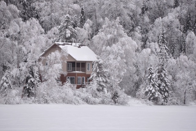 winter-landscape-house-1280