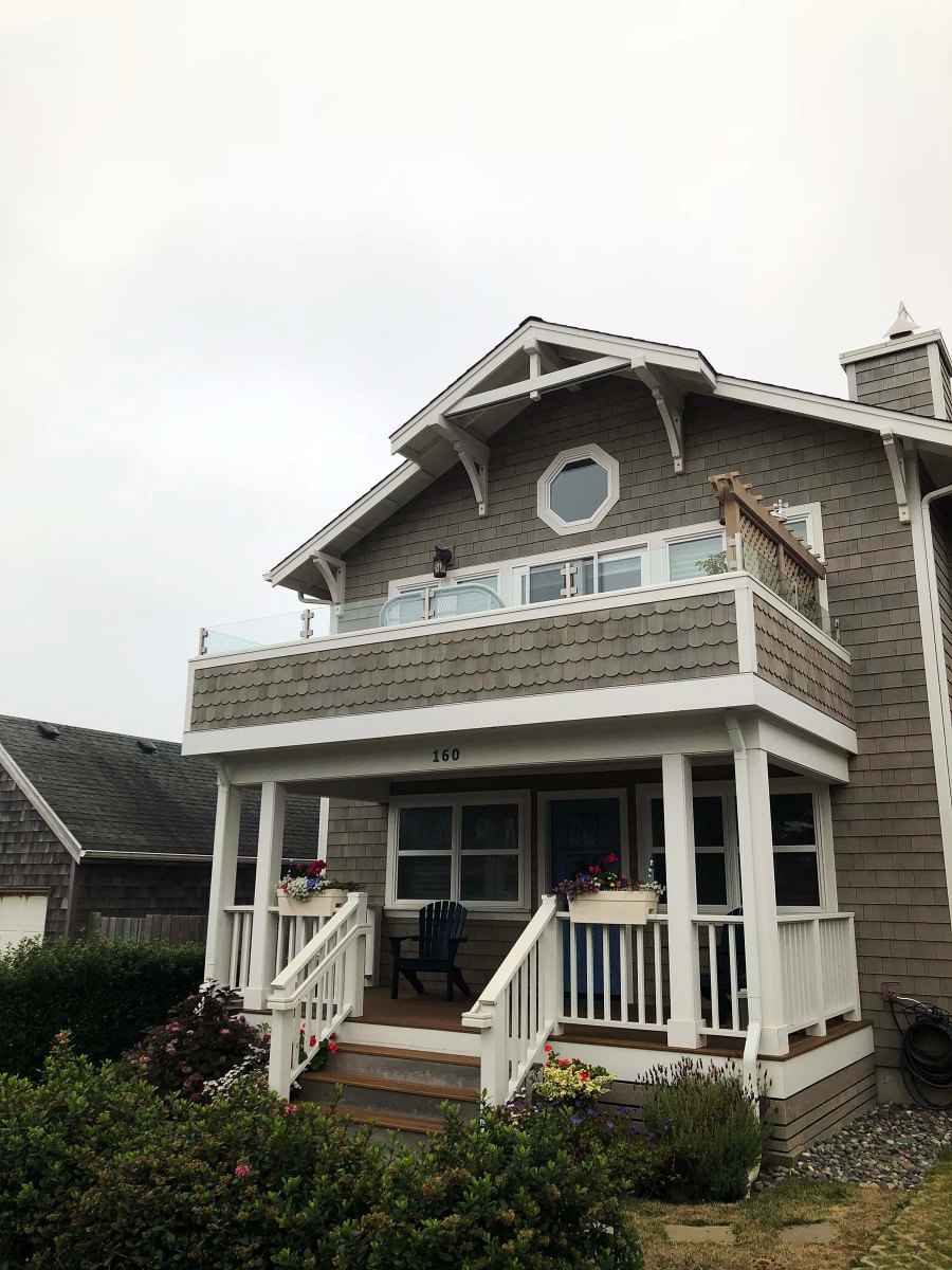 Cedar shake shingle two story cottage in Cannon Beach