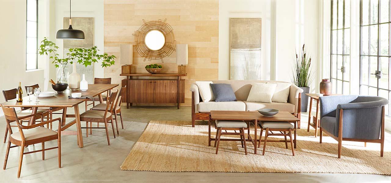 Walnut Grove Round Great Room