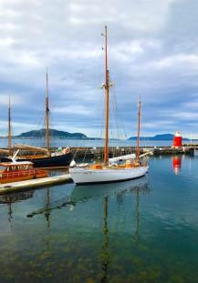 alesund-boat