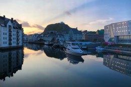 alesund-morning-harbor