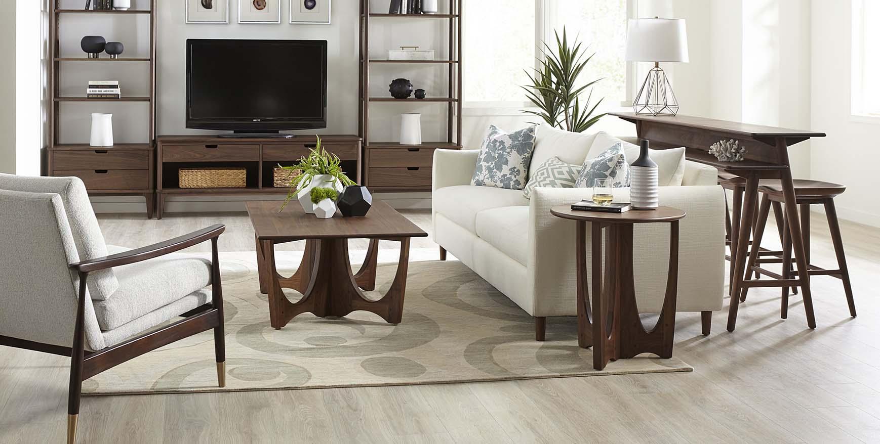 Walnut Grove Living Room (more floor)